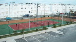 RP39692_tennis courts from roof terrace